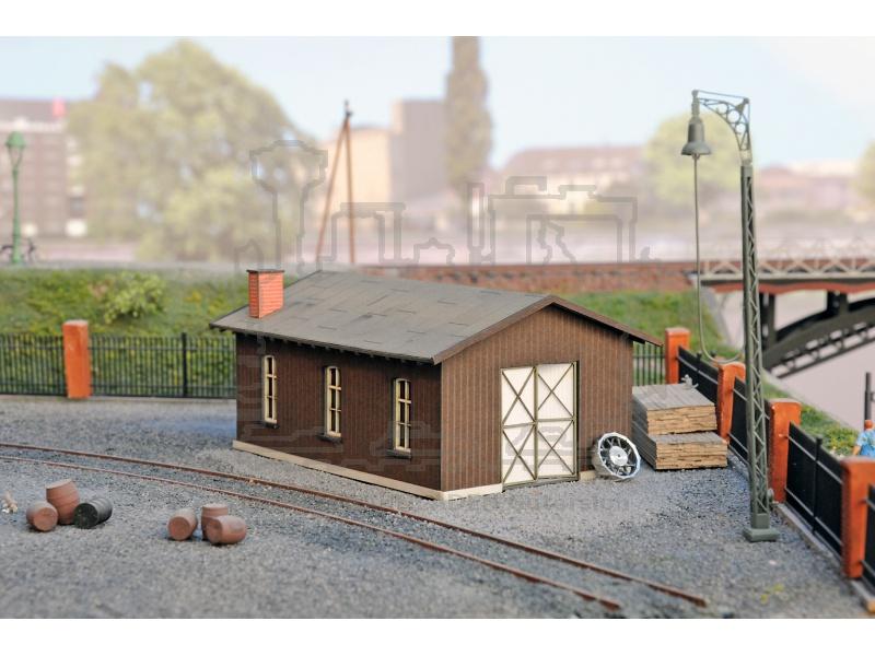 schuppen holz wood shed little workshop jooswood gmbh 17001. Black Bedroom Furniture Sets. Home Design Ideas